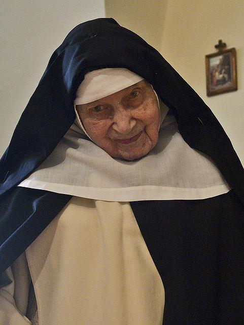 Abp Marek Jędraszewski odwiedził najstarszą na świecie zakonnicę - zdjęcie w treści artykułu