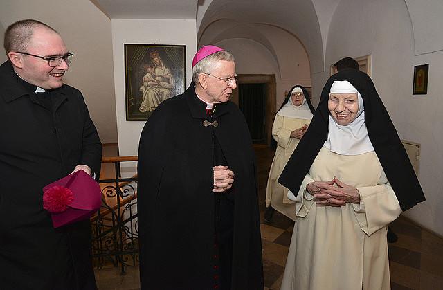 Abp Marek Jędraszewski odwiedził najstarszą na świecie zakonnicę - zdjęcie w treści artykułu nr 2