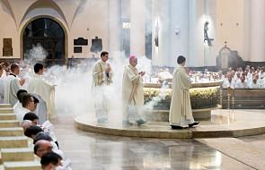 Biskupi do kapłanów w Wielki Czwartek: duszpasterska otwartość, a nie marazm
