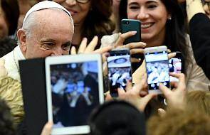 Papież: możesz recytować Credo, znać wszystkie dogmaty Kościoła i dalej nie wierzyć