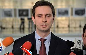 """""""Rząd musi poinformować Polaków o naszych stosunkach z USA"""""""