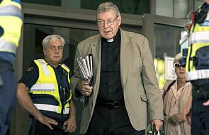 Przesłuchania ws. oskarżonego o pedofilię kard. Pella, jednego z najbliższych doradców papieża