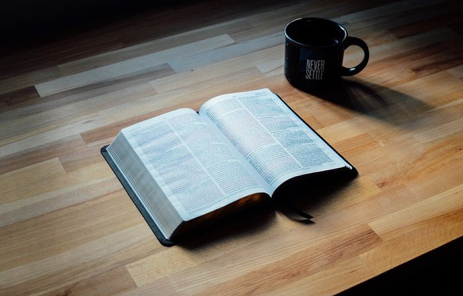 Czy można przeczytać Biblię we wszystkich językach świata?