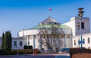 Sejm wznowił obrady. Zajmie się m.in. sprawami korupcji i premii rządowych