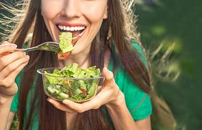 5 kluczowych filarów wychodzenia z diety warzywno-owocowej dr Ewy Dąbrowskiej [WIDEO]