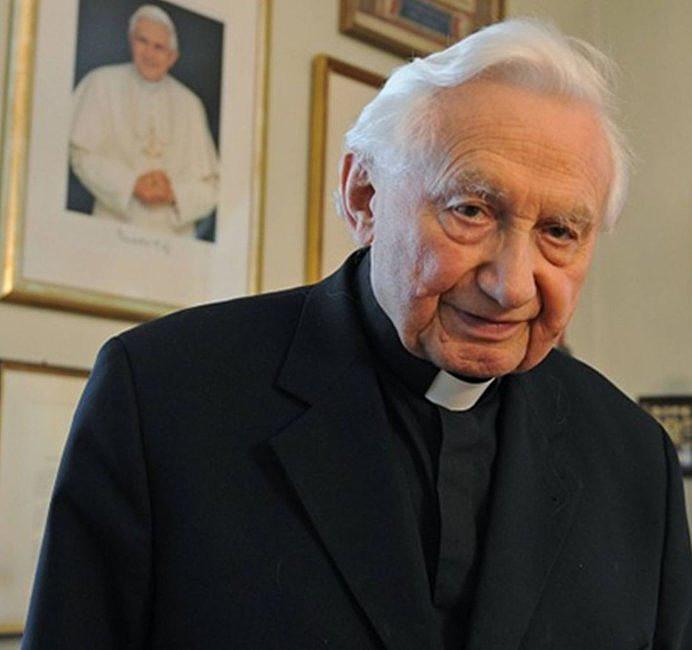 Dziś urodziny papieża seniora. Jak wyglądały w poprzednich latach? - zdjęcie w treści artykułu