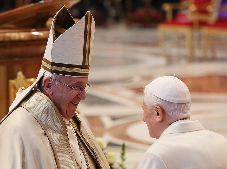 Dziś urodziny papieża seniora. Jak wyglądały w poprzednich latach? - zdjęcie w treści artykułu nr 3