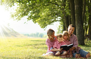 W polskich kościołach odbywa się Narodowe Czytanie Pisma Świętego