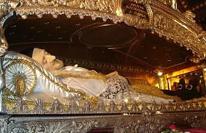 Czy oddawanie czci relikwiom świętych nie jest bałwochwalstwem? Oto 4 rzeczy, o których trzeba pamiętać