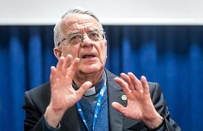 Ks. Lombardi: problemem jest dostęp do wiarygodnych informacji ws. migracji