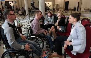 W Sejmie protest rodziców osób niepełnosprawnych