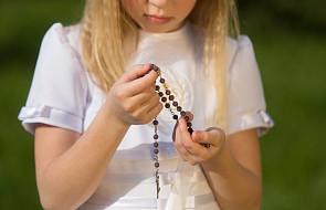 3 modlitwy na Pierwszą Komunię świętą. Dla dziecka, rodziców i chrzestnych