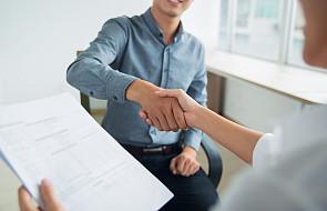 Szukasz pracy? Ci święci zapewniają potężne wsparcie i mogą ci pomóc [+modlitwy]
