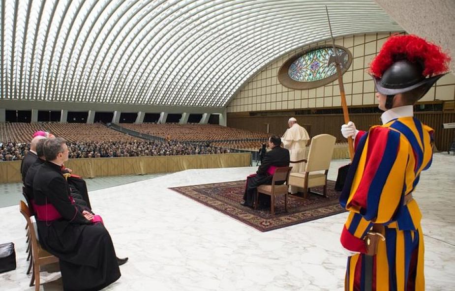 Papież Franciszek: nauka musi znać swoje granice