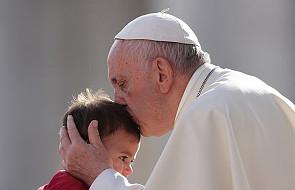Papież: mimo trudności zobaczcie, że każde życie jest jedyne