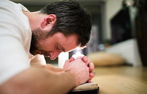"""Jak wprowadzić w życie modlitwę """"Jezu, Ty się tym zajmij"""""""