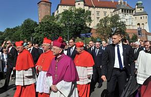 Kraków: z Wawelu wyruszyła procesja ku czci św. Stanisława