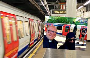Ksiądz chciał zrobić sobie zdjęcie z muzułmanką. To, co się wydarzyło, jest dla nas nauczką