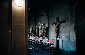 Dzisiaj wielka uroczystość. Czy mamy obowiązek uczestnictwa we Mszy Świętej?