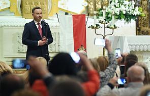Prezydent Duda odsłonił w Chicago tablicę poświęconą prezydentom Kaczyńskiemu i Kaczorowskiemu