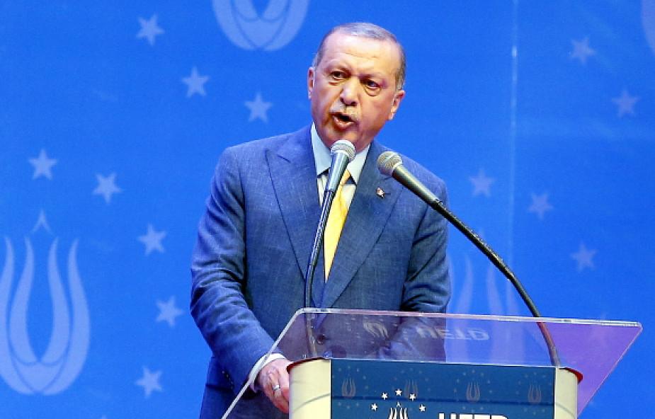 Turcja: dożywocie dla 104 osób za udział w próbie puczu