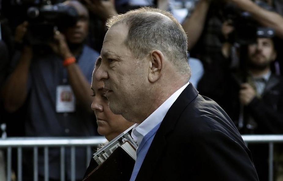 USA/Media: Weinstein stawił się na policji, usłyszy zarzuty m.in. gwałtu