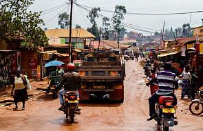 Dziesiątki ofiar kolizji autobusu z traktorem i ciężarówką