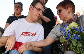 Po 40 dniach protestu osoby niepełnosprawne i ich opiekunowie opuścili budynek Sejmu
