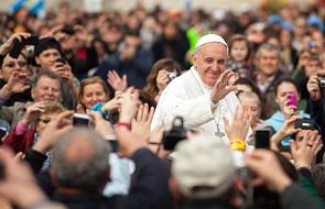 Papież wezwał lekarzy katolickich do obrony ludzkiego życia i godności