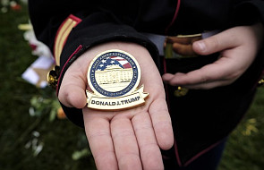 """USA: Prezydent Trump złożył hołd poległym żołnierzom. Padły """"niestosowne słowa"""""""