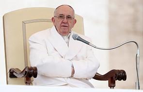 Papież: Boże przykazania nie są zubożeniem, lecz bogactwem człowieka [DOKUMENTACJA]