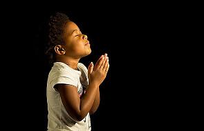 Rwanda: w miejscu objawień maryjnych otwarto centrum nieustannej modlitwy o pokój
