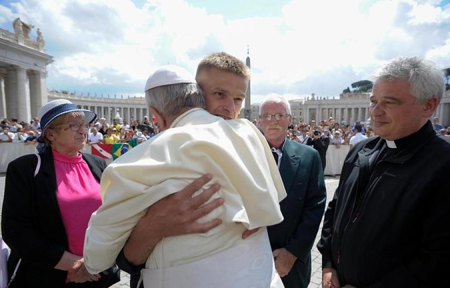 Tak wyglądało spotkanie Tomasza Komendy z papieżem Franciszkiem [GALERIA]