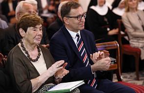 """Romaszewska: nikt """"przytomny"""" nie wpisze do konstytucji 500 plus"""