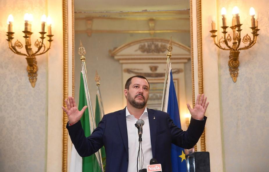 Włochy MSW: nie przyjmiemy następnych statków organizacji pozarządowych