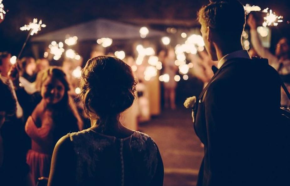 Windą do piekła. Kiedy ślub nie jest dobrym pomysłem?