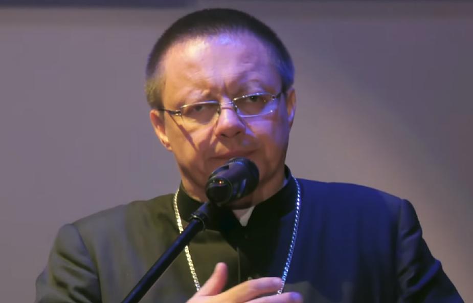 Abp Ryś do młodych o powołaniu, Reksiu i wierze w muzeum [WIDEO]