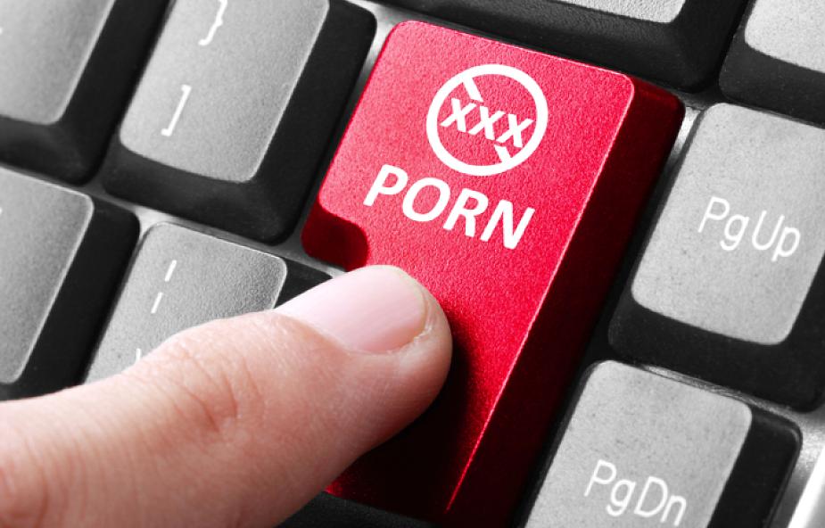 """""""Popełniłem błąd lekceważąc kryzys, jaki przechodziłem"""". Początek procesu księdza ws. pornografii dziecięcej"""