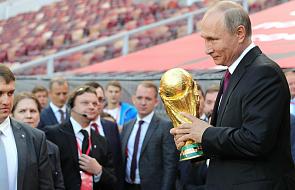 Jak oglądać Mistrzostwa Świata i nie stracić duszy