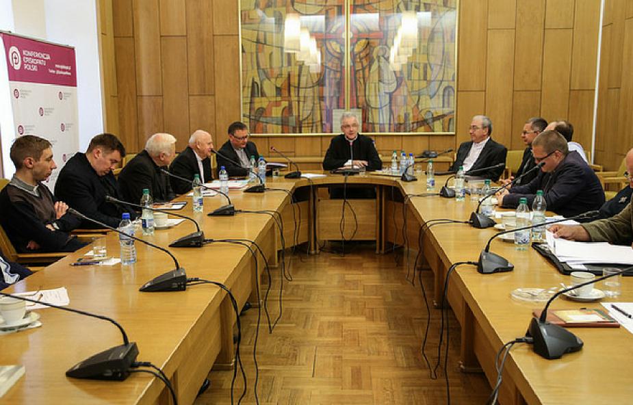 Warszawa: Episkopat szkoli przyszłych duszpasterzy polskich emigrantów