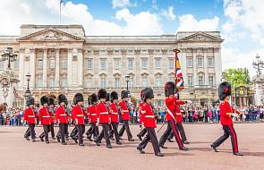 Brytyjska królowa Elżbieta II przeszła zabieg usunięcia zaćmy