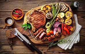 Czy dzisiaj obowiązuje post od pokarmów mięsnych? Wyjaśniamy sytuację