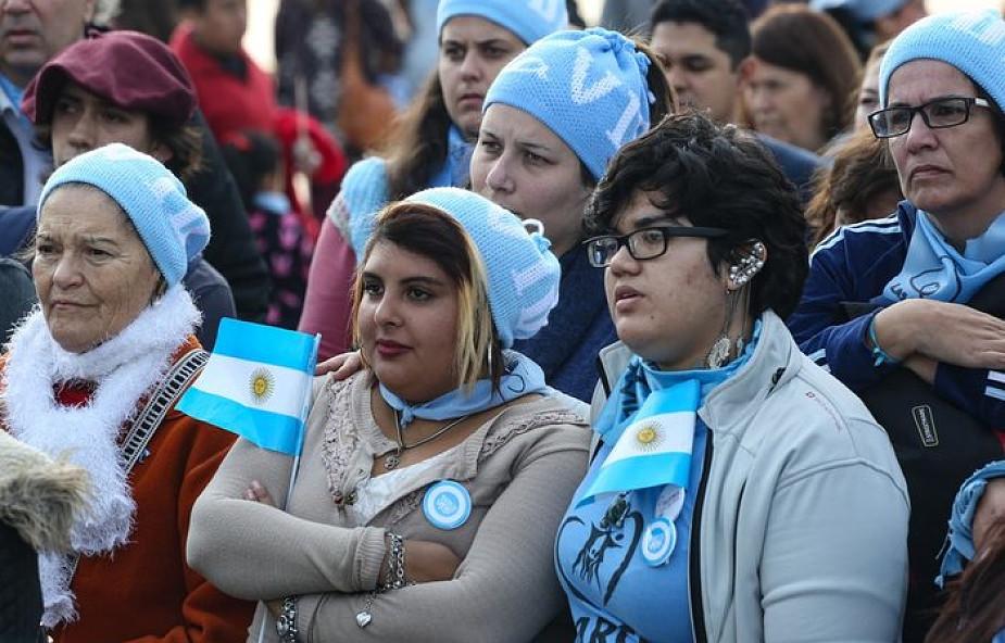 Argentyna: tłumy wiernych modlą się, by legalizacja aborcji nie weszła w życie