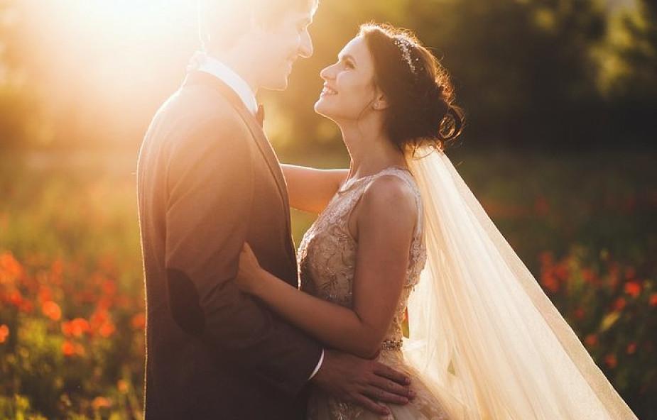 Poznaj 3 sposoby na świętość w małżeństwie