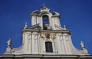 """W """"świętych schodach"""" krypty kościoła pijarów odnaleziono relikwie"""
