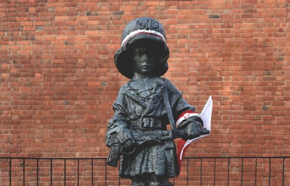 Tajemnica krzyża, który cudownie ocalił ludzi w czasie Powstania Warszawskiego