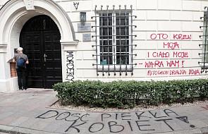 """Wandale pomazali trzy budynki kościelne w Warszawie. """"To przeciwnicy ustawy zatrzymaj aborcję"""""""