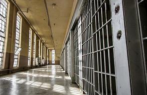 Biskup udzielił bierzmowania osadzonym w Areszcie Śledczym