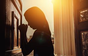 """""""Księża wywierają presję na kobiety"""". Państwowy urząd wzywa do zakazu spowiadania"""