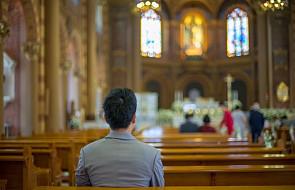 """""""To, co zrobił ten ksiądz w konfesjonale zupełnie zmieniło moje życie"""" [ŚWIADECTWO]"""